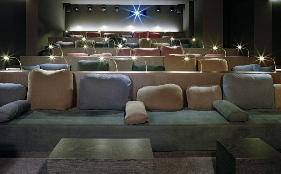 Cinemas in Munich: astor@CINEMA LOUNGE